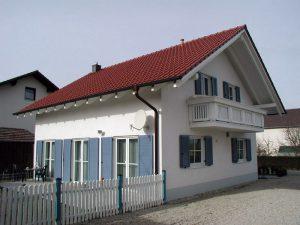 Einfamilienhaus in schlüsselfertiger Massivbauweise von Praml Bau